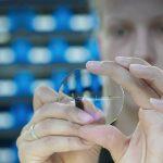 Eyeglass Lens Particulate Control